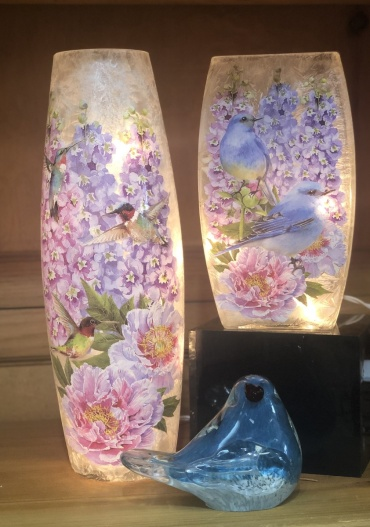 Decorative Lit Vase - Birds