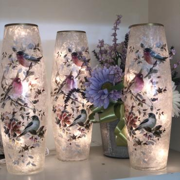 Decorative Vit Vase - Spring birds