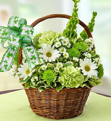 St. Patrick\'s Day Flower Basket
